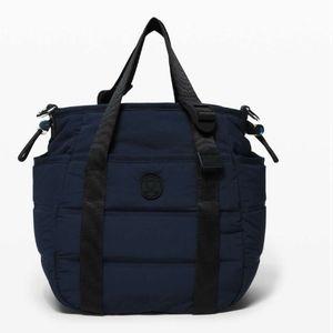 NWOT Lululemon Dash All Day Bucket Bag Tote